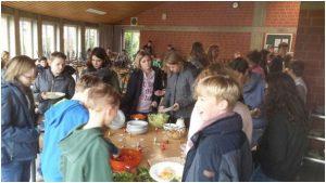 Salatbüffet am Schulzentrum sehr beliebt!